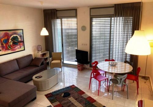 דירת 3 חדרים יוקרתית בלב תל אביב